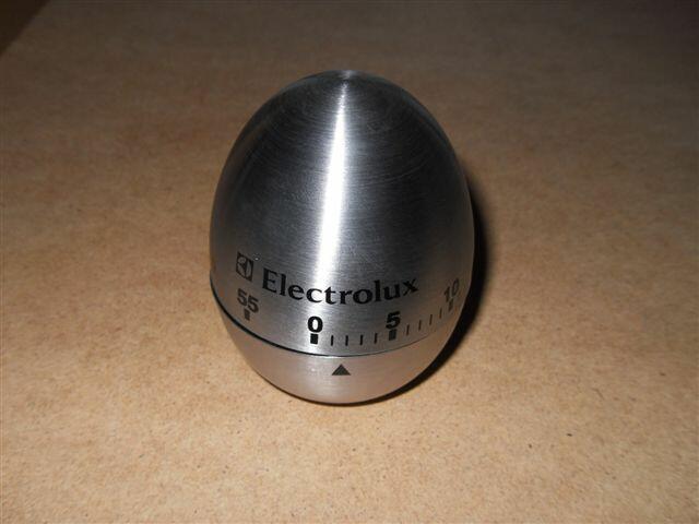 Minutnik metalowy w kształcie jajka Electrolux